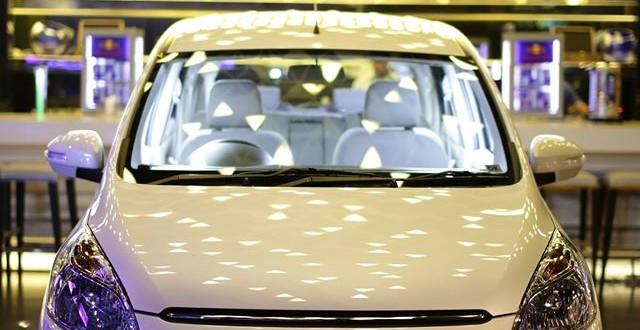 New Ertiga Dreza putih 640x330 - Harga Mobil Suzuki ERTIGA