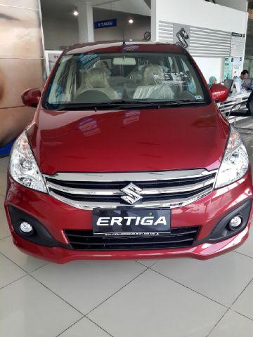 Kredit Suzuki Ertiga Gl manual merah Rp.195,5 juta (2015)