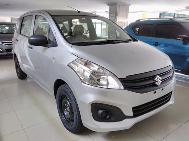 Harga Suzuki Ertiga Ga warna Silver 2018 190 juta - Suzuki Ertiga Dp 7 Juta Harga Promo 2018